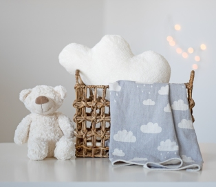 Cloud Throw Grey ve Cloud Cushion ecru